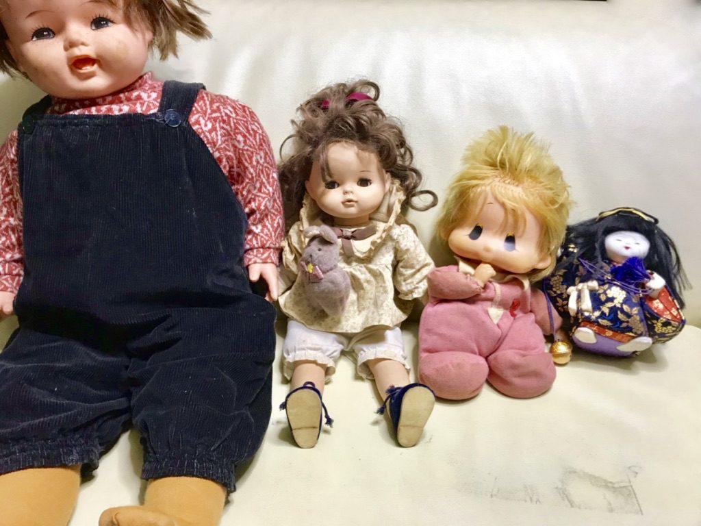 人形供養に出す今までお世話になった人形たち4体